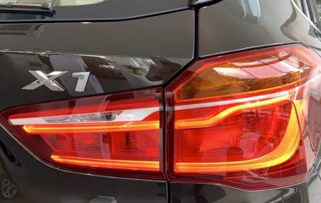 Bán BMW X1 sDrive18i năm sản xuất 2018, màu nâu, xe nhập1