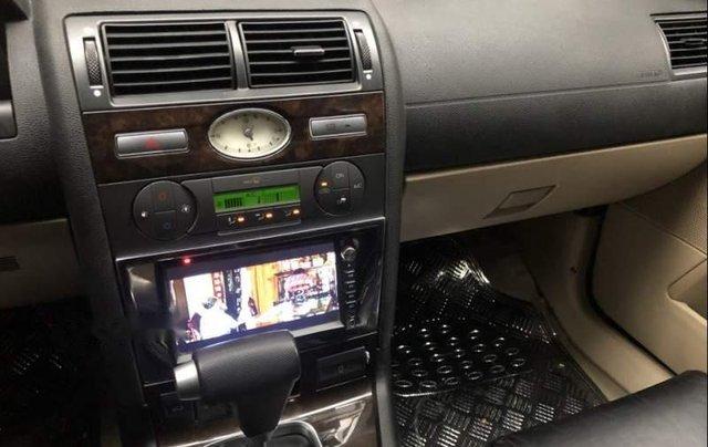 Cần bán Ford Mondeo Sx 2005 số tự động 2.0, 4 máy tiết kiệm xăng3