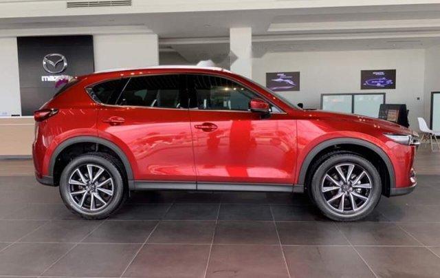 Cần bán Mazda CX 5 đời 2019, màu đỏ, mới 100%0