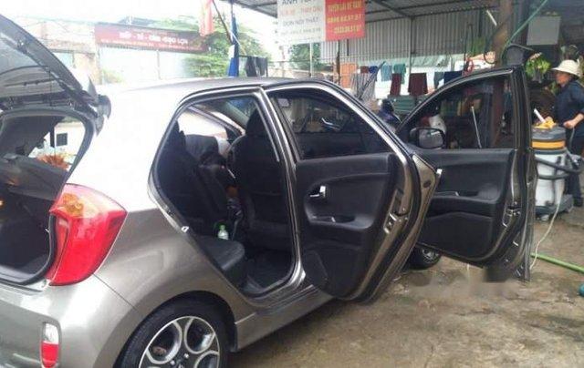 Bán Kia Morning AT sản xuất năm 2011, đi giữ gìn, bảo dưỡng bảo hành định kỳ nên xe đi rất êm2