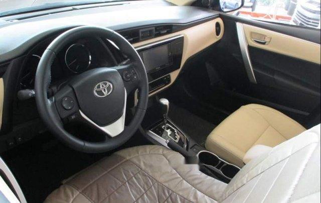 Bán Toyota Corolla altis 1.8G 2019, màu đen, giá tốt5