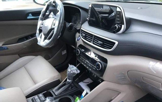 Bán Hyundai Tucson đời 2019, màu đỏ, mới 100%2