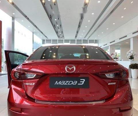 Mazda Trần Khát Chân bán xe Mazda 3 sản xuất năm 2019, màu đỏ3