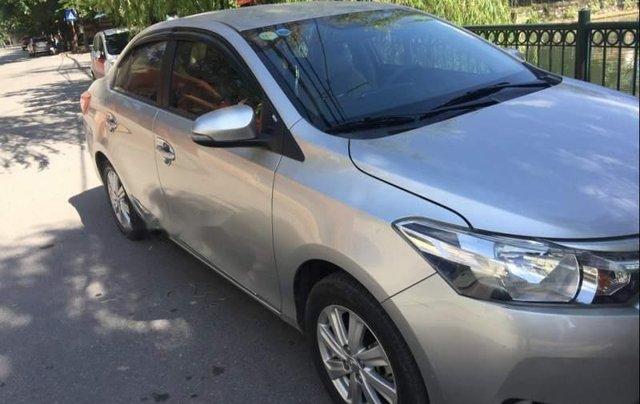 Chính chủ bán xe Toyota Vios năm sản xuất 2016, màu bạc0