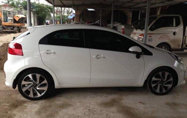 Bán xe Kia Rio sản xuất 2015, màu trắng, nhập khẩu nguyên chiếc như mới2