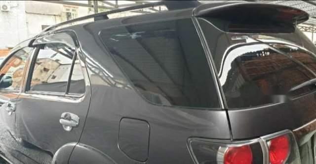 Bán ô tô Toyota Fortuner MT đời 2015, màu xám, xe đẹp2