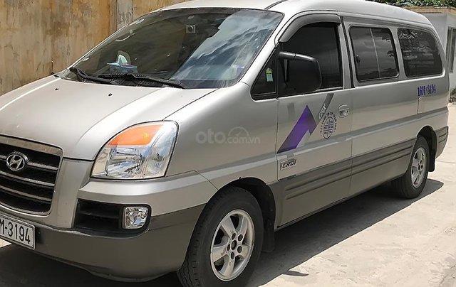Bán gấp Hyundai Starex đời 2006, màu bạc, nhập khẩu0