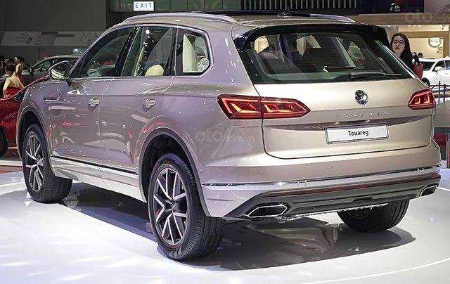 Bán Volkswagen Touareg năm 2019, màu đen, nhập khẩu  0