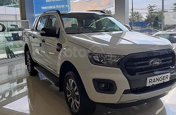 Bán Ford Ranger Wildtrak 2.0 4x4 đời 2019, màu trắng, xe nhập 0