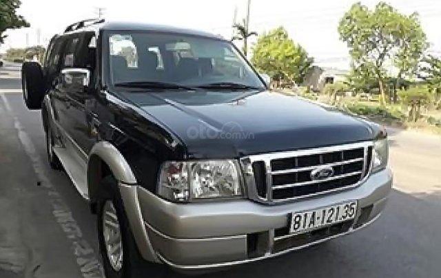 Bán lại xe Ford Everest đời 2005, màu đen, số sàn0
