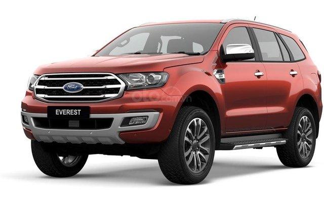 Ford Everest KM khủng, vay NH 90%, 230tr lấy xe ngay giao xe tận nhà0
