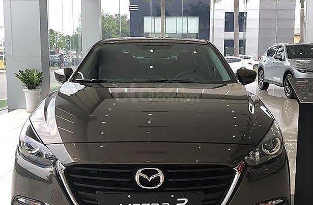 Bán Mazda 3 1.5AT sản xuất năm 2018, màu xám0