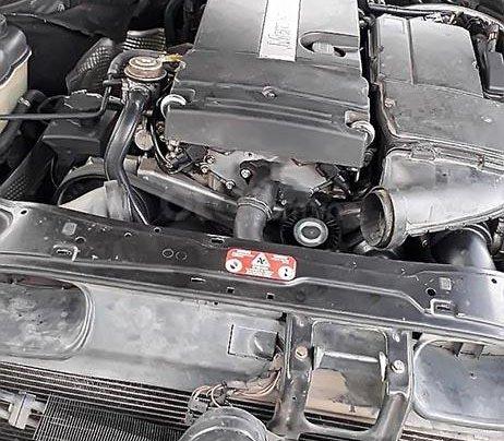 Bán Mercedes C180 AT đời 2003, màu đen, chính chủ 1