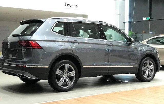 Chỉ 1.3 tỷ - Xe 5 chỗ Passat (nhập Đức) 1.8 turbo tiết kiệm xăng, lái rất êm, vô lăng đầm chắc, cảm nhận mặt đường tốt1