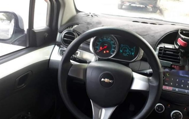 Bán Chevrolet Spark Van năm 2017, màu trắng chính chủ2