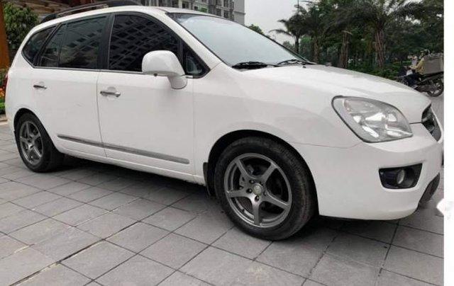 Cần bán Kia Carens sản xuất 2010, 318 triệu0