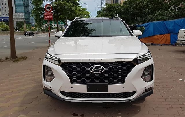 Bán Hyundai Santa Fe 2.4 premium 2019, màu trắng0