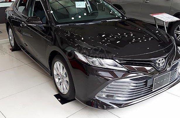 Bán Toyota Camry 2.0G đời 2019, màu nâu, nhập khẩu0