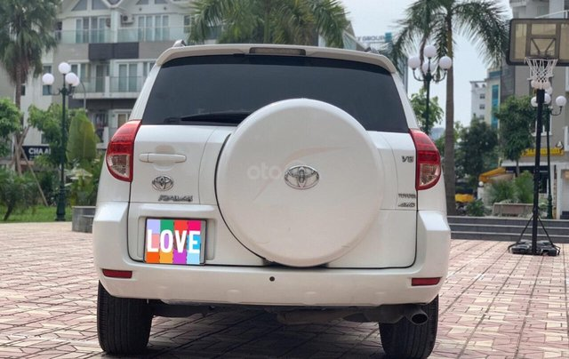 Cần bán xe Toyota RAV4 3.5AT đời 2008, màu trắng, nhập khẩu nguyên chiếc, giá chỉ 480 triệu1