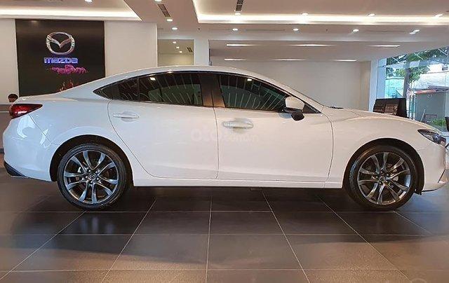 Bán Mazda 6 2.0L Premium 2019, màu trắng, 873 triệu1