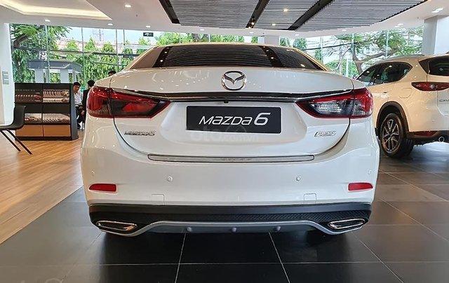 Bán Mazda 6 2.0L Premium 2019, màu trắng, 873 triệu3