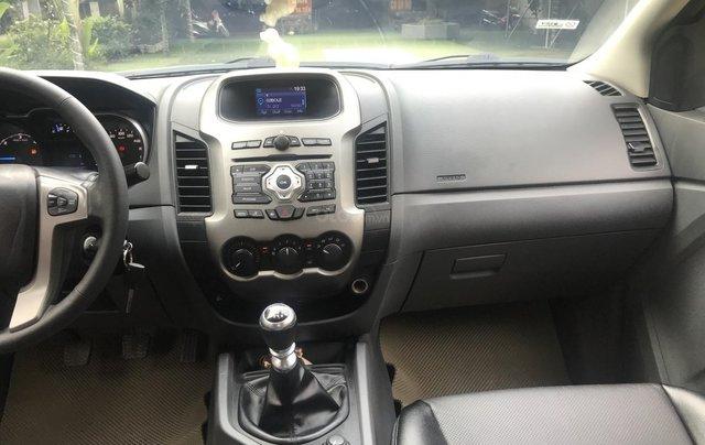 Bán Ford Range XLT 2.2L, hai cầu, số sàn, sản xuất 2013, đk 20146