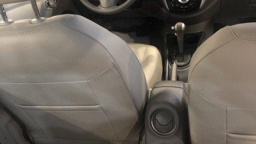 Bán ô tô Nissan Sunny 1.5 AT 2018, màu trắng giá cạnh tranh4