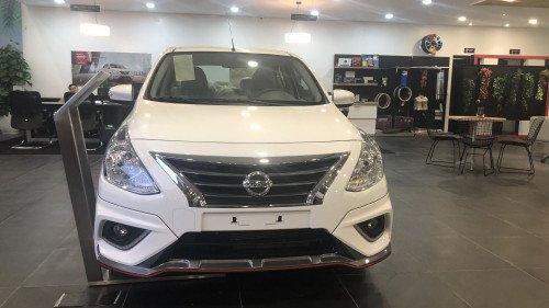 Bán ô tô Nissan Sunny 1.5 AT 2018, màu trắng giá cạnh tranh0