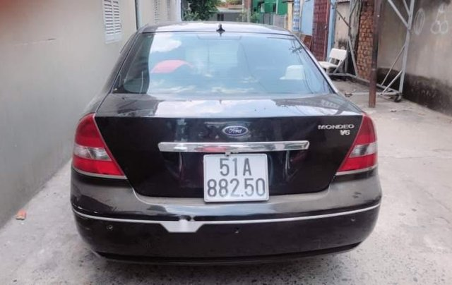 Cần bán xe Ford Mondeo đời 2004, màu đen, xe nhập2