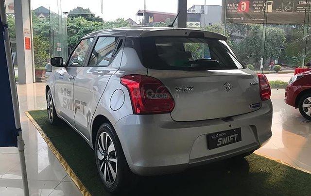 Bán Suzuki Swift GLX 1.2 AT đời 2019, màu bạc, nhập khẩu nguyên chiếc3
