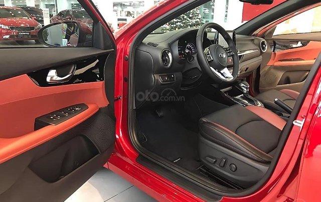 Cần bán Kia Cerato 2.0 AT Premium đời 2019, màu đỏ, giá 675tr4
