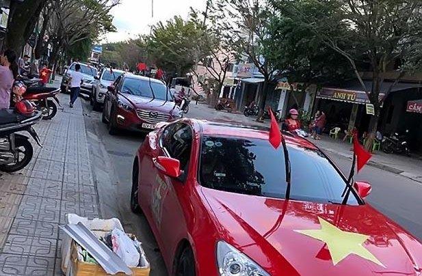 Cần bán gấp Hyundai Genesis 2.0 AT đời 2011, màu đỏ, nhập khẩu nguyên chiếc, giá 530tr0