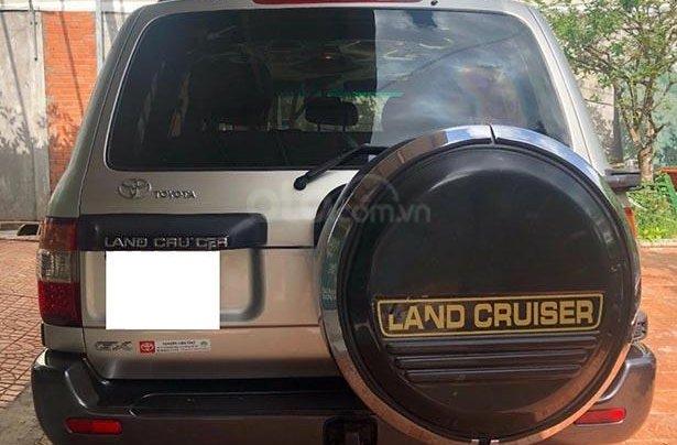 Cần bán xe Toyota Land Cruiser sản xuất 2007, màu bạc  1