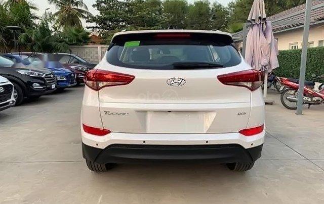 Bán Hyundai Tucson đời 2019, màu trắng1