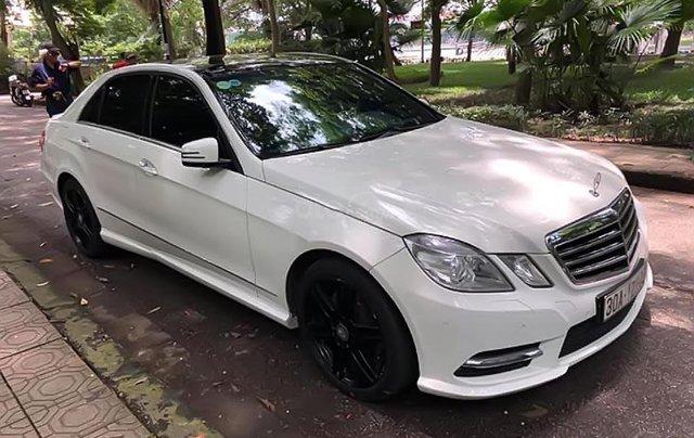 Cần bán lại xe Mercedes E300 AMG đời 2012, màu trắng0