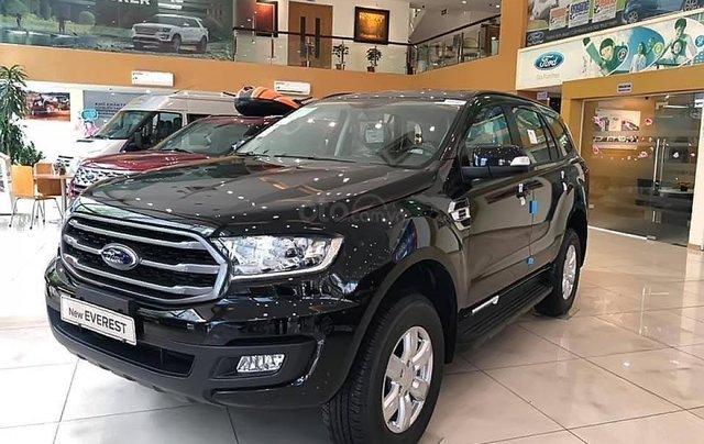 Cần bán xe Ford Everest Ambiente 2.0 4x2 AT sản xuất 2019, màu đen, xe nhập0