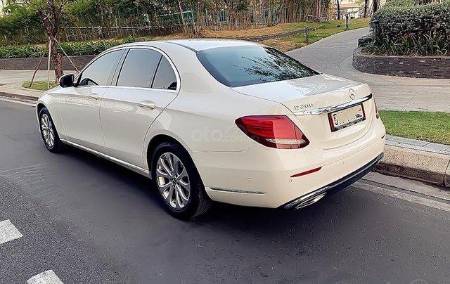 Cần bán Mercedes E200 năm sản xuất 2017, màu trắng1