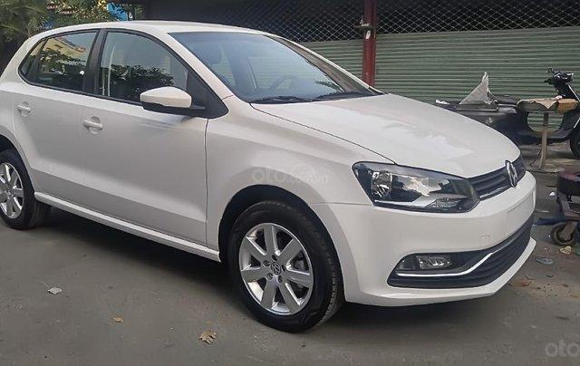 Bán xe Volkswagen Polo 1.6 AT 2016, màu trắng, nhập khẩu 0