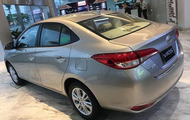 Bán Toyota Vios 1.5G đời 2019, màu vàng giá cạnh tranh0
