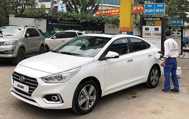 Bán Hyundai Accent 1.4 ATH năm 2019, màu trắng, giá 540tr1