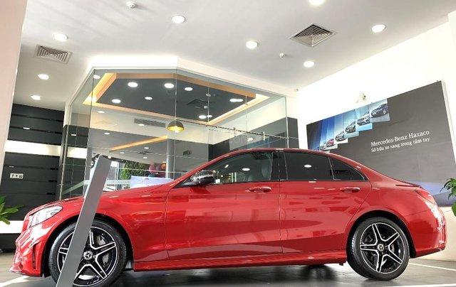 Cần bán Mercedes đời 2019, màu đỏ1