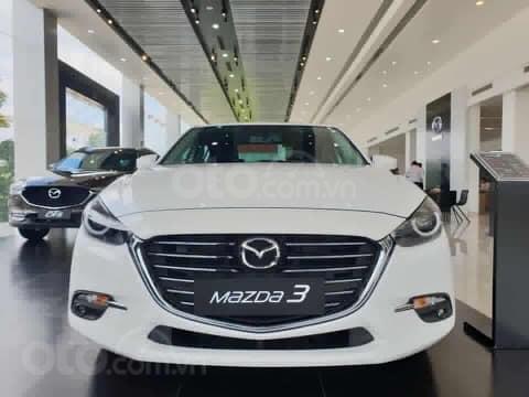 Giá xe Mazda 3 1.5 SD giảm sâu nhất Hà Nội tháng 9> 80tr, BHVC+ PK hỗ trợ đăng kí xe, LH 09648606341