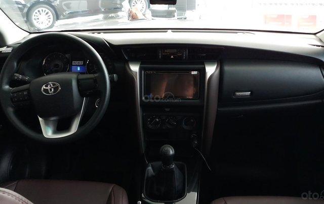 Bán xe Toyota Fortuner 2.4G MT năm 2019, đủ màu, mới 100% giao ngay3