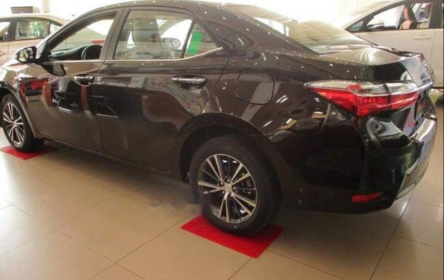Bán Toyota Corolla Altis năm 2019, màu đen, giá chỉ 751 triệu4