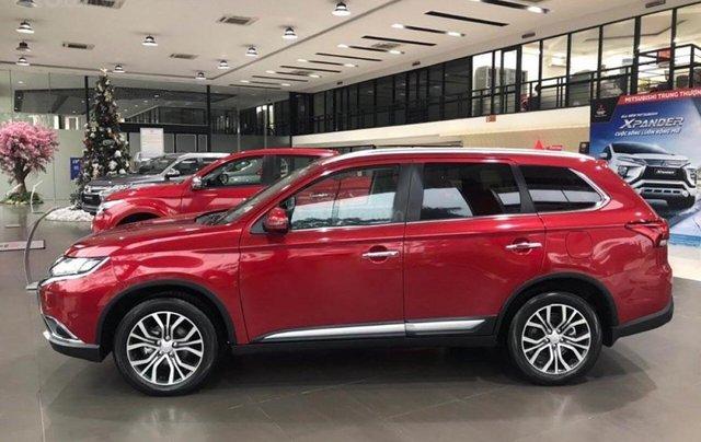 Bán Mitsubishi Outlander 2.4 CVT Premium đời 2019, màu đỏ0