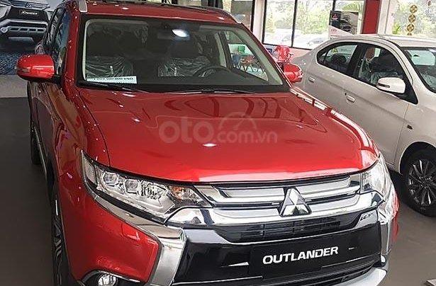 Bán Mitsubishi Outlander 2.4 CVT Premium đời 2019, màu đỏ2