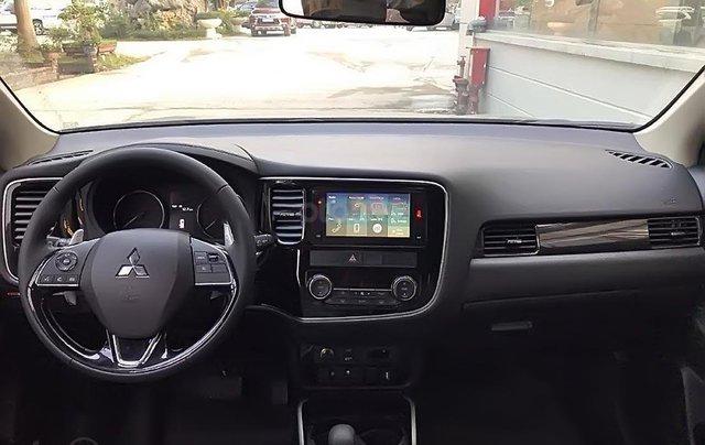 Bán Mitsubishi Outlander 2.4 CVT Premium đời 2019, màu đỏ1