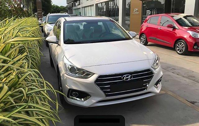 Cần bán xe Hyundai Accent 1.4 ATH đời 2019, màu trắng0