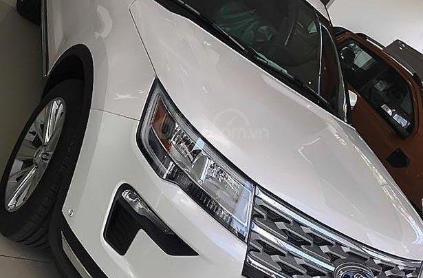 Bán Ford Explorer sản xuất 2018, màu trắng, xe nhập0