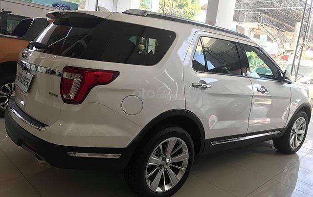 Bán Ford Explorer sản xuất 2018, màu trắng, xe nhập1